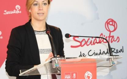 """Abengózar """"indignada"""" por las """"continuas mentiras"""" de los 'populares' recalca que el PSOE no privará a los ciudadanos de asistencia religiosa"""