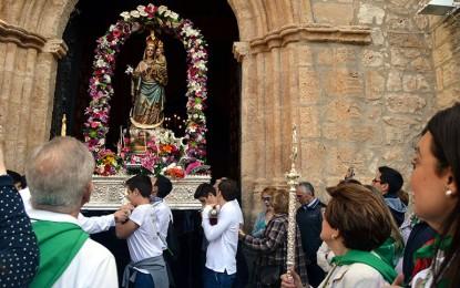 Ciudad Real: Unas siete mil personas acompañaron a la Virgen de Alarcos hasta su Ermita