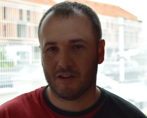 Eusebio-Angulo-entrenador-del-BM-Pozuelo-de-Calatrava-Cadete-Femenino