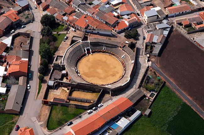plaza-toros-piedrabuena