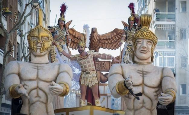 """""""El Burleta"""" repite premio especial en el Desfile de Carrozas y Comparsas de Miguelturra"""