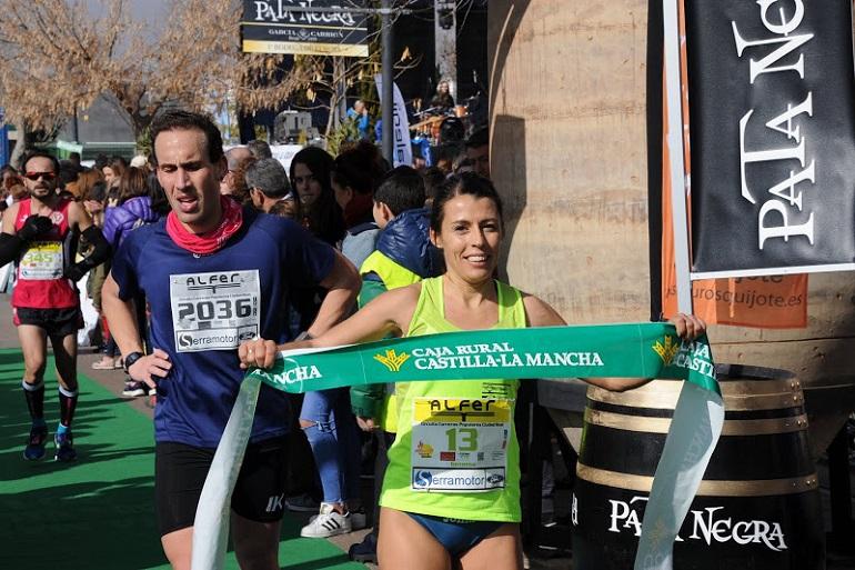 Gema Arenas consigue el triunfo en la Muy Heroica Media de Valdepeñas