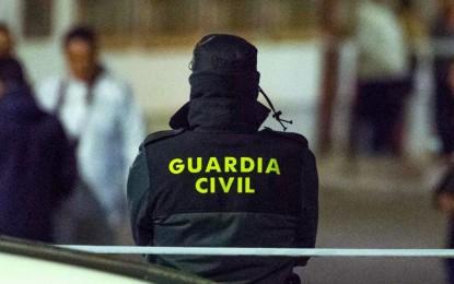 Bolaños: La Guardia Civil detiene a 18 personas acusados de trata de seres humanos con fines de explotación laboral.