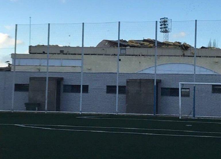 Ciudad Real El temporal de ayer tarde ocasionó desperfectos de importancia en el Polideportivo Rey Juan Carlos