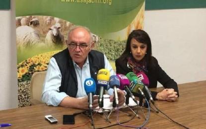ASAJA acudirá a la justicia para denunciar la inacción de los gobiernos ante la grave plaga de conejos que sufre la región