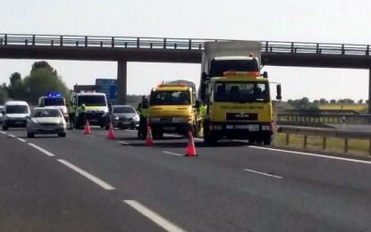 Daimiel: Un herido grave en un accidente en el que una furgoneta ha colisionado con un camión de Obras Públicas en la A-43