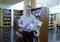 El PSOE de Porzuna dona la suscripción de la BAM a la Biblioteca