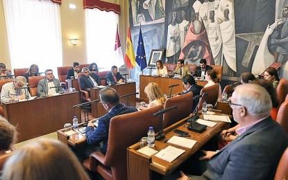 El Pleno de la Diputación Provincial aprueba inversiones y ayudas a municipios por más de dos millones de euros