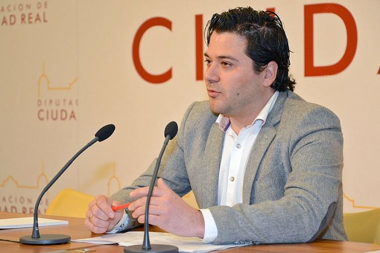 Enfado en la Diputación con la alcaldía de Campo de Criptana por ignorar a la institución provincial en la presentación del concierto de Luís Cobos