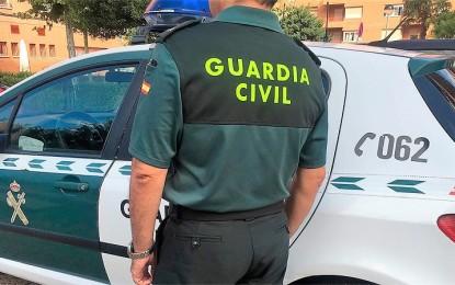 La Guardia Civil detiene a dos vecinos de Daimiel como presuntos autores en domicilios e interiores de vehículos