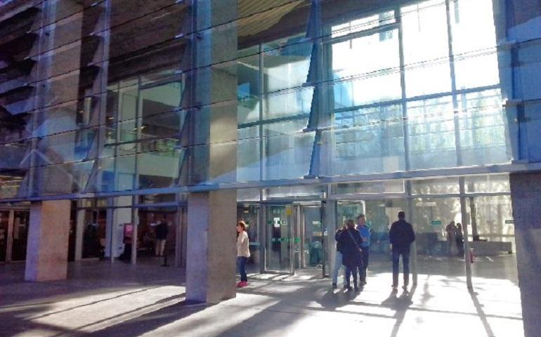 Ciudad Real La agresora en serie puesta en libertad con cargos tras la agresión a la concejal de festejos