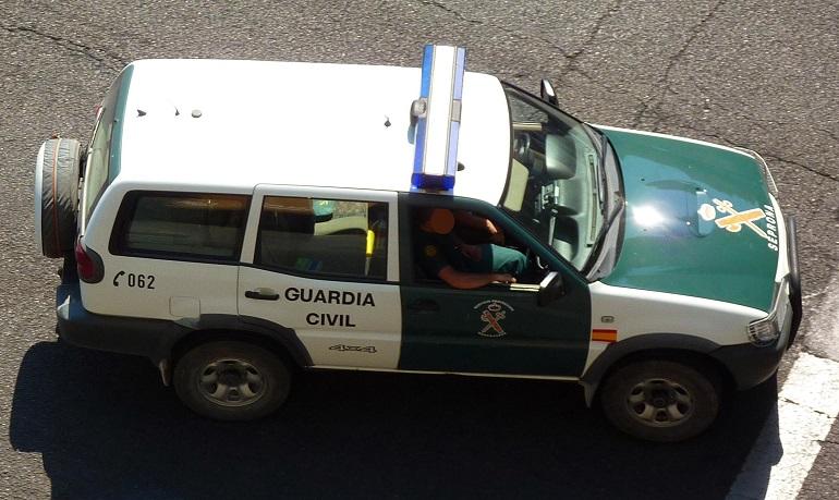 El SEPRONA de la Guardia Civil investiga a un hombre por abandono de su perro en un área de descanso de Santa Cruz de Mudela