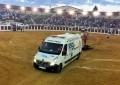 """Podemos Valdepeñas denuncia la utilización de una ambulancia para """"el arrastre de un toro"""" en un festejo taurino"""