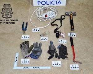 Valdepeñas: Pillados infraganti cuando robaban en un establecimiento de hosteleria
