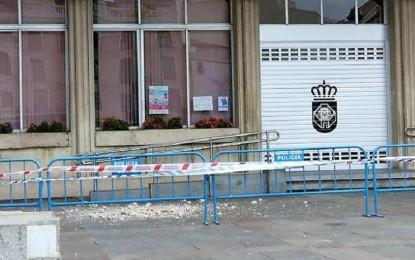 Vuelven a desprenderse cascotes del ayuntamiento de Ciudad Real