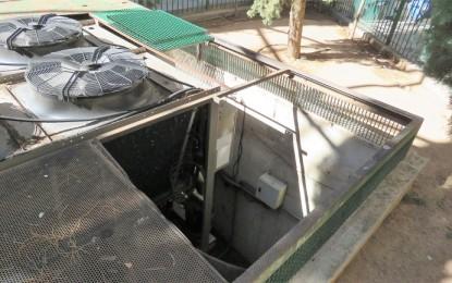 Una trabajadora del Ayuntamiento de Manzanares cae desde una altura de tres metros en la climatizadora del Gran Teatro