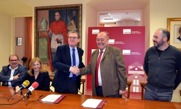La Universidad de Castilla La Mancha estudiará la influencia del suelo de origen volcánico en la composición del vino del Campo de Calatrava