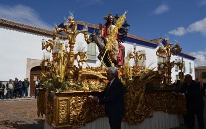 Almagro: El buen tiempo acompañó la procesión de las Palmas