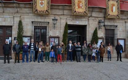 Almagro guarda un minuto de silencio como muestra de solidaridad a las familias de los fallecidos