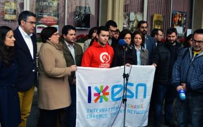 Ciudad Real: Minuto de silencio en la Plaza Mayor para recordar  a los 13 estudiantes Erasmus fallecidos en Tarragona