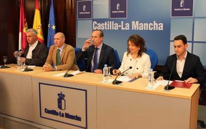 El Gobierno regional firma 113 convenios de Ayuda a Domicilio con ayuntamientos de Guadalajara por importe de 2,7 millones de euros