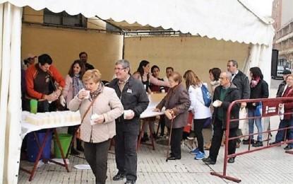 Puertollano: 1.600 bocadillos de chorizo y 180 litros de limonada se repartirán hoy en el mercado