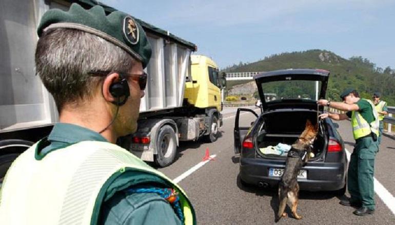 Manzanares Detenida una persona por la Guardia Civil que portaba 400 gramos de cocaina