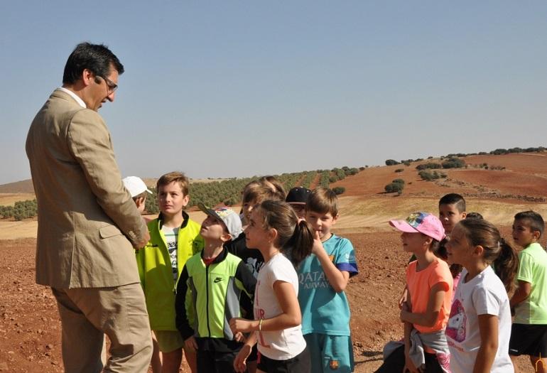"""La Diputación Provincial de Ciudad Real pone en marcha una nueva edición de los """"Paseos Escolares"""" para alumnos de educación infantil, primaria y especial"""