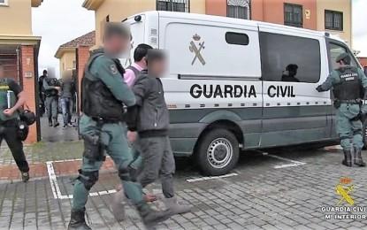 La Fiscalía solicita treinta y nueve años y tres meses de prisión para el vecino de Argamasilla de Calatrava que hirió a cuatro agentes de la Guardia Civil que fueron a realizar un registro en su vivienda