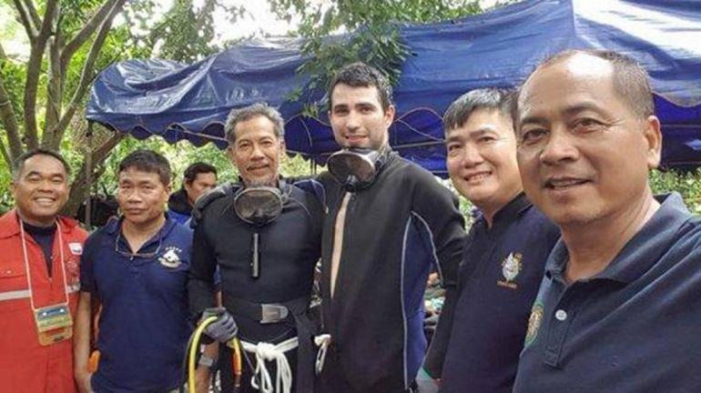 El buzo ciudadrealeño que intervino en el rescate de los hiños tailandeses recibe la Cruz de Oro de la Solidaridad Social