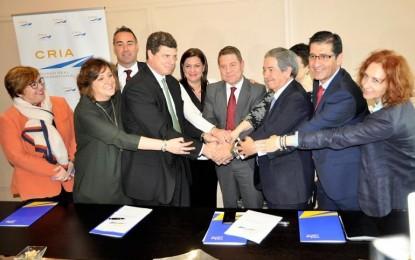 El Aeropuerto de Ciudad Real firma un acuerdo con la empresa aeronáutica Skydweller para la fabricación de aviones