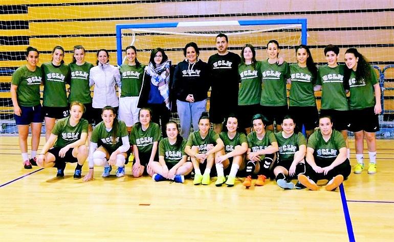 Equipo femenino UCLM de fútbol sala