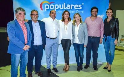 Julián Triguero presentó su candidatura a la reelección a la alcaldía de Pozuelo de Calatrava arropado por los pesos pesados de los Populares ciudadrealeños
