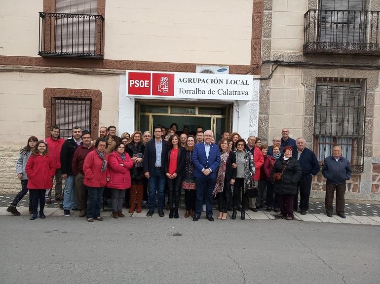Caballero inaugura la Casa del Pueblo del PSOE de Torralba de Calatrava deseando que sea la bandera que acoja a todos los torralbeños y torralbeñas