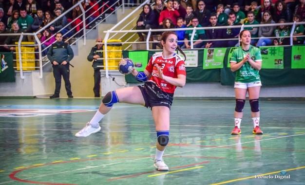 La internacional del Soliss BM Pozuelo Jimena Laguna, concluirá la temporada en el CBF Málaga Costa del Sol