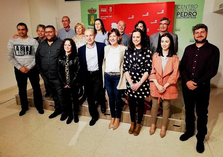 Piedrabuena Fernández respalda a José Luis Cabezas en la presentación de la candidatura del PSOE de Piedrabuena y reivindica oportunidades para las zonas rurales