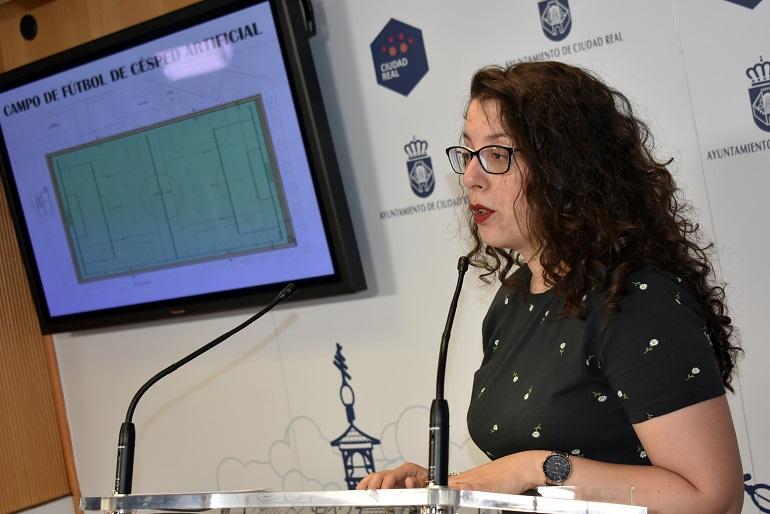 Ciudad Real El Ayuntamiento adjudica las obras del campo de fútbol de césped artificial en Las Casas