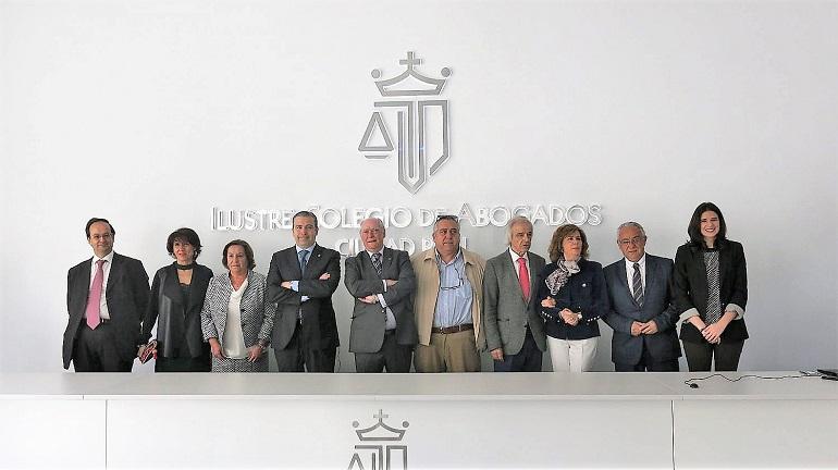 Ciudad Real El Colegio de Abogados ofrece el nuevo servicio a sus colegiados, el Registro de Impagados Judiciales