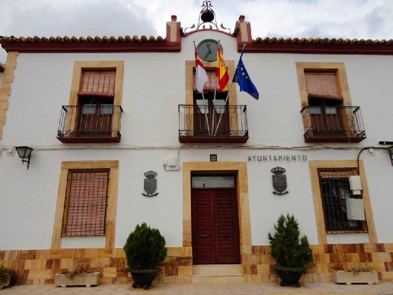 Luciana, Alamillo y Almedina optan al título de Mejor Pueblo de España menor de 2.000 habitantes