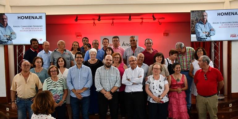 El PSOE de Alcolea de Calatrava homenajea a su alcalde durante nueve legislaturas, Ángel Caballero
