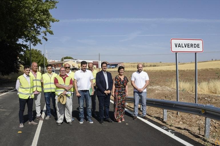 La Diputación dota a la pedanía de Valverde de accesos seguros y de una travesía digna y accesible