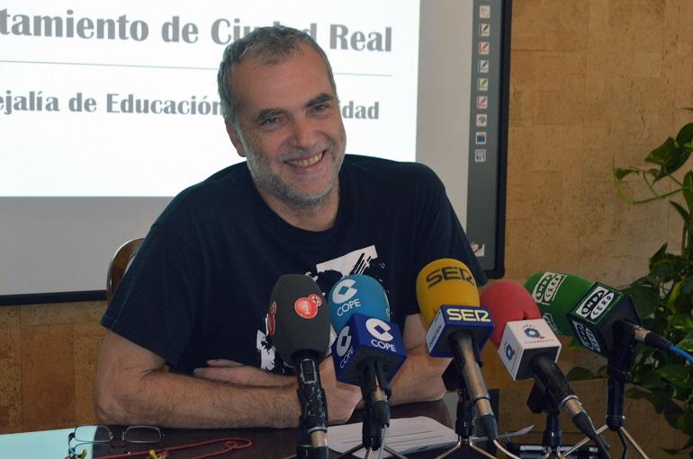 Educación anima a renovar el carnet de transporte urbano para estudiantes de Ciudad Real
