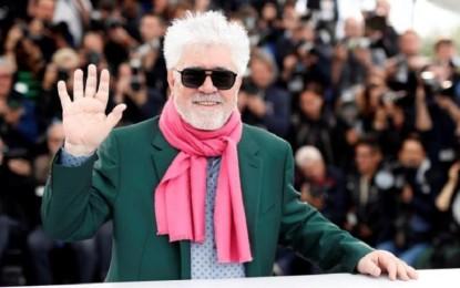 Pedro Almodóvar recibe hoy el León de Oro de Honor en reconocimiento a su carrera en la Mostra de Venecia