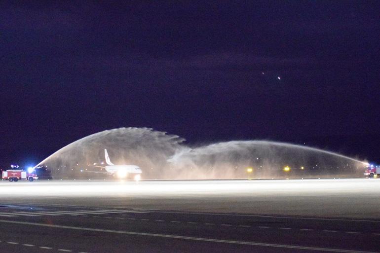 El Aeropuerto de Ciudad Real se reinaugura con la llegada del primer avión de la nueva era CRIA