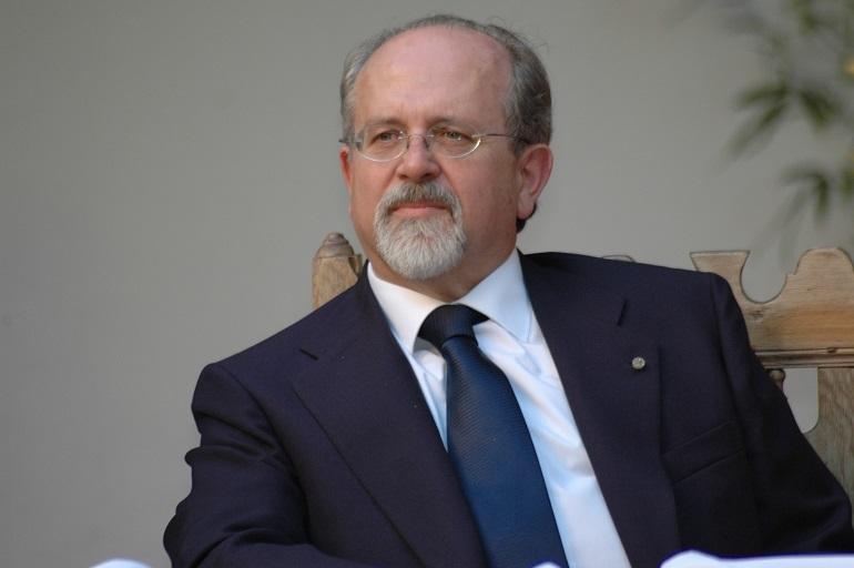 El profesor de la UCLM Luis Arroyo Zapatero es elegido miembro de la Academia de Ciencias Morales y Políticas de París