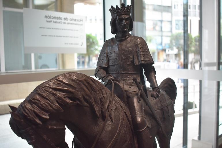 Juan II preside el hall del Ayuntamiento de Ciudad Real en conmemoración de su VI Centenario