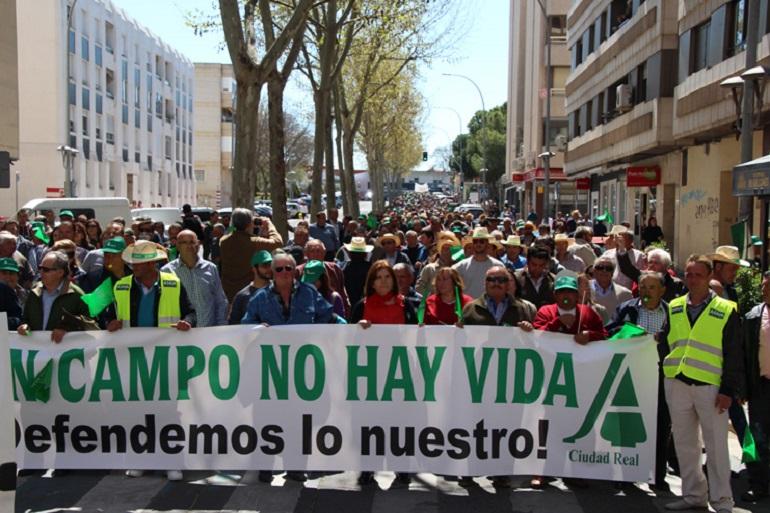 """El campo colapsará la provincia de Ciudad Real el 9 de marzo al considerar """"insuficientes"""" las medidas aprobadas por el Gobierno"""