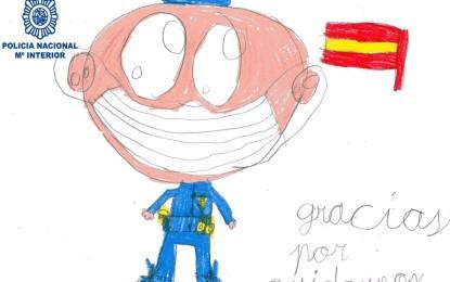"""Los """"pequeños héroes"""" de Alcázar de San Juan envían a la Policía Nacional un centenar de dibujos sobre la lucha contra el COVID-19"""