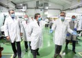 Valdepeñas: Page y Martín visitan la empresa Tecnobit, impulsora del Corredor Aéreo Sanitario
