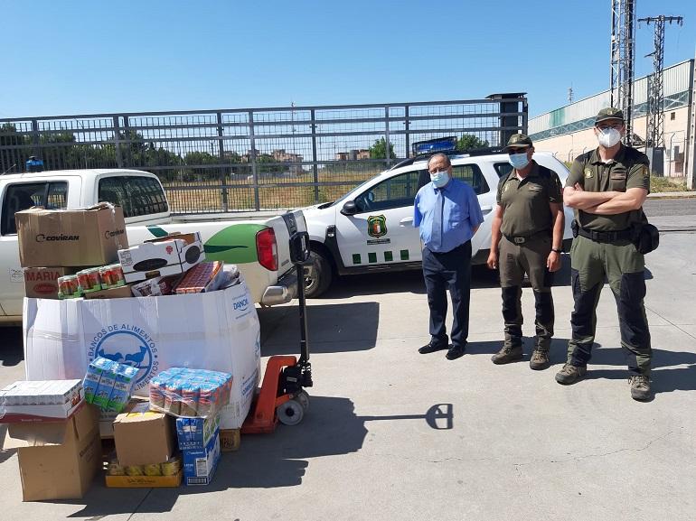 Ciudad Real Agentes forestales y medioambientales de toda España recaudan 580 kilos de alimentos para las familias de la provincia
